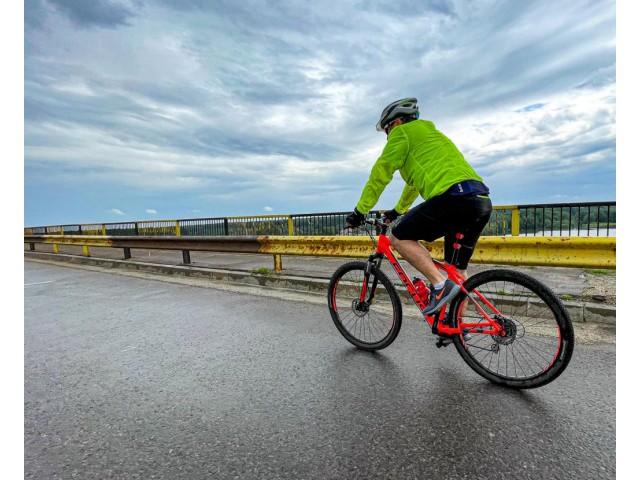 Pasiunea pentru plimbările cu bicicleta, dincolo de vremea nefavorabilă