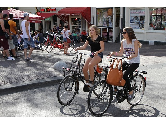 Beneficiile mersului pe bicicletă pentru sănătate